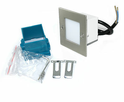 Treppenbeleuchtung Lampe Royal 230V IP54 warmweiss / tageslichtweiss LED HV Spot