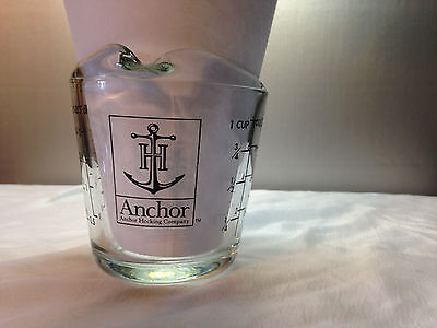 VINTAGE 1 Cup Anchor Hocking Measuring Cup BLACK LETTERS D Handle Closed #496