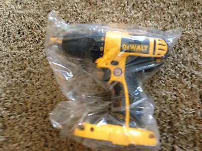 Dewalt 18 Volt 1/2 inch Cordless Compact Drill Driver DC720 Brand New