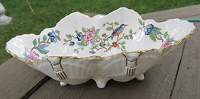 VINTAGE AYNSLEY PEMBROKE ENGLAND BONE CHINA SCALLOPED FOOTED SHELL SERVING BOWL