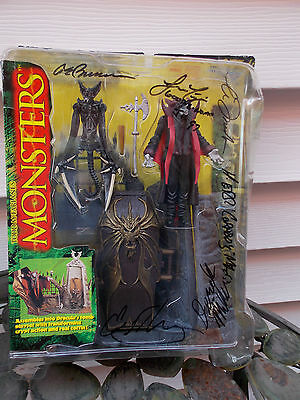 Todd McFarlane Monsters Dracula Set with Signatures Series One 1997