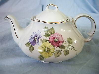 WOOD & SONS-ENGLAND - ELLGREAVE FLORAL TEAPOT White