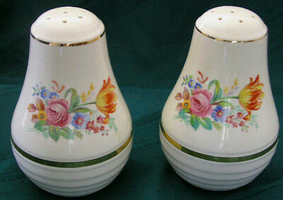 LARGE Beautiful UNIVERSAL CAMBRIDGE Vintage SALT PEPPER Range SHAKERS with Corks