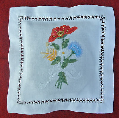 Hand embroidered lavender sachet/bag/pillow (design 6)