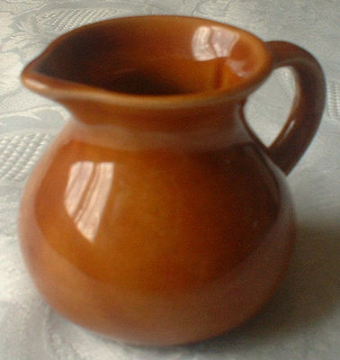 CALDEY ISLAND ORANGE/MID-BROWN JUG, SMALL: EXC COND + MULTI-WIN OPPORTUNITY