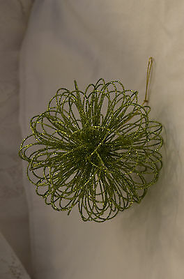Green Glittered Wire Ball Christmas Tree Ornament new