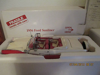 Danbury Mint 1/24th Scale 1956 Ford Fairlane Sunliner Convertible (RETIRED)