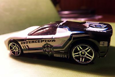 Hot Wheels Hot Cop Police Interceptor Car Smokey Glass From Large Older Set HTF
