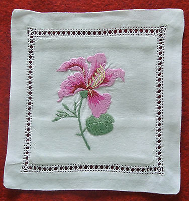 Hand embroidered lavender sachet/bag/pillow (design 9)
