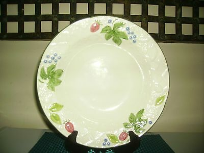"Mikasa COUNTRY BERRIES 10 1/2"" Round Vegetable Bowl"