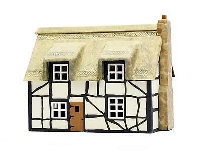 THATCHED COTTAGE Dapol C020 Plastic KIT 00 Gauge 1/76 Scale Model Railways
