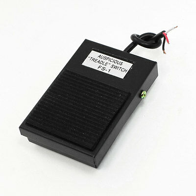 AC 220V 16A SPDT NO NC Antislip Momentary Power Treadle Foot Pedal Switch Footsw