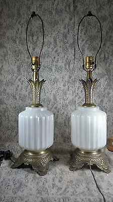 Vintage Pair of Mid-Century Opalescent Pineapple Design Table Lamps