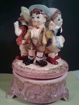 """APCO Vintage Porcelain Music Box-4 Sweet Figurines Adorn Windup Spinning Top 6""""T"""