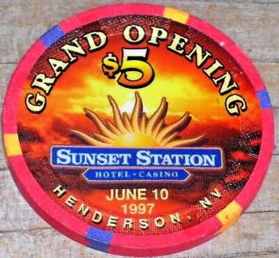 $5 Ltd Grand Opening 1997 Chip From The Sunset Station Casino Henderson, Nv