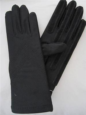 Ladies Black Isotoner Stretch Classic Gloves Fleece Lined w Leather Palm Strips