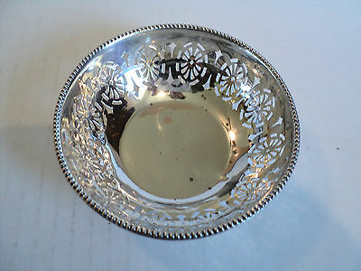 "ANTIQUE ENGLISH STERLING SILVER PIERCED DECORATED 4"" CANDY DISH / BOWL c. 1925"