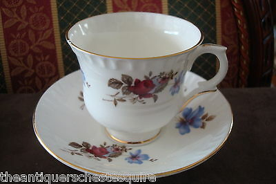 Crown Staffordshire, England,red roses/pink flowers Pattern, cup & saucer[*49]