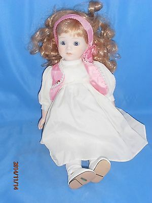 COLLECTIBLE PORCELAIN DOLL WHITE DRESS WHITE PINK