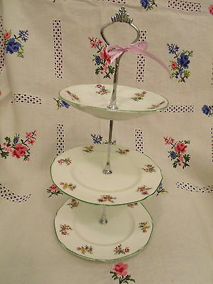 VINTAGE***CAKE STAND 3 2 1 TIER WHITE FLORAL POSIES VERY PRETTY TRADITIONAL