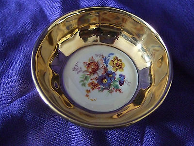 Prinknash Ceramic Pindish or Trinket Dish with Gold Lustre and Floral Decoration