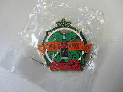 COCA COLA HAPPY St PATRICKS Collectible Pin 1997 COKE Bottle March 17 Irish