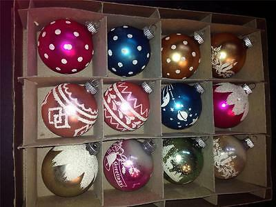 VINTAGE SET OF 12 SHINY BRITE STENCILED MICA GLITTER ORNAMENTS IN BOX-NICE