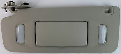 GM Truck SUV Left Hand LH Driver Side Light Gray Grey Lighted Mirror Sun Visor