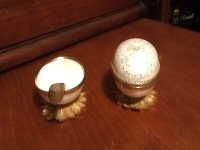 Vintage Evans Porcelan Egg Cigarette Lighter And Ashtray