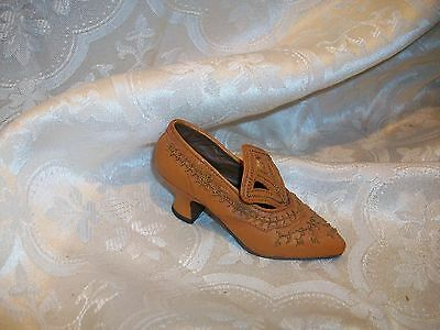 Raine Just The Right Shoe Courtly Riches