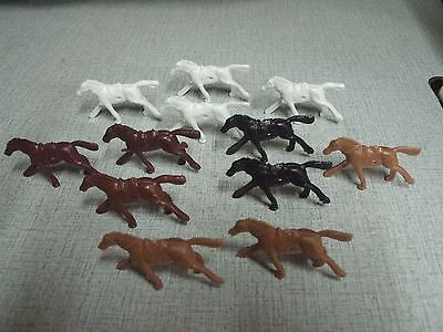 20 Plastic Toy Horses  With Holes Free Shipping