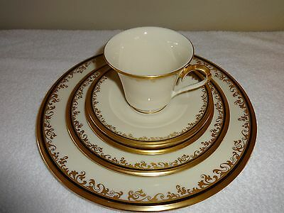 LENOX ECLIPSE - 5pc Place Setting Dinner Plate Salad Bread Cup Saucer