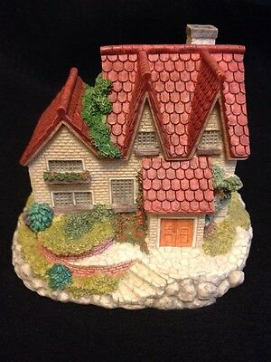 """Collectible """"The Olde England's Classic Cottage"""