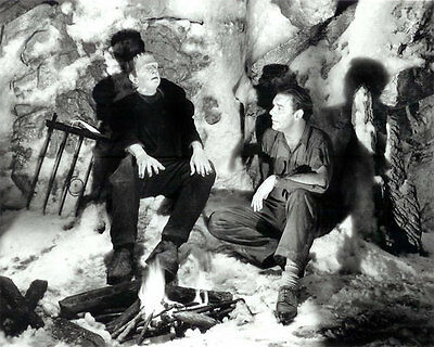 Glossy 8x10 #22 from the horror classic Frankenstein Meets The Wolf Man (1943)