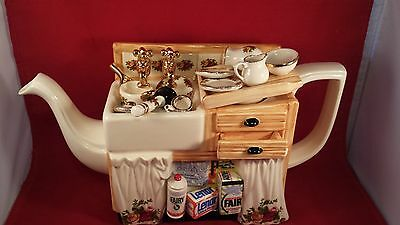 Royal Albert Cardew Teapot Sink With Dishes