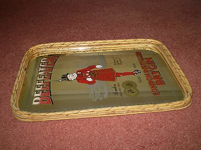 COLLECTABLE VINTAGE BEEFEATER DRY GIN WOVEN CANE MIRRORED PUB TRAY