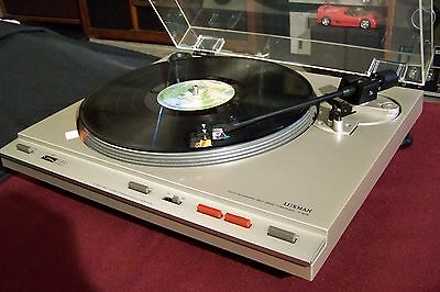 Luxman P-405 Turntable with Audio Technica AT120E cartridge, MINT