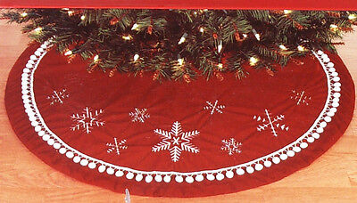 Christmas Tree Skirt 48 inches, Sandra Lee, Red w/ Snowflakes, New w/Tag!