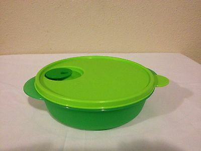 Tupperware CrystalWave Divided Dish Green New 4 Cups