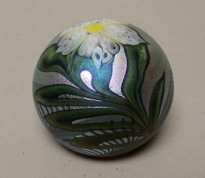 Vintage Orient & Flume Gold Iridescent Art Glass Paperweight, Signed, Dated 1977