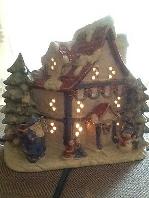 Lighted Village Home House Holiday Christmas Snowman Trees Ceramic Painted EUC