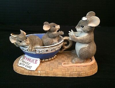 Charming Tails 89/601 Fragile Handle With Care 1996 Fitz and Floyd Mouse Teacups
