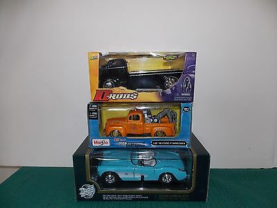 3 DIE-CAST METAL ROAD TOUGH 57 VETTE, MAISTO 48 FORD WRECKER & D-RODS 47 FORDCOE