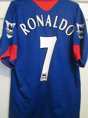 Manchester United 2004-2005 Away Football Shirt Size Small / 35352