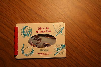 Dells Of Wisconsin River 10 Full color views, minature booklet, great condition