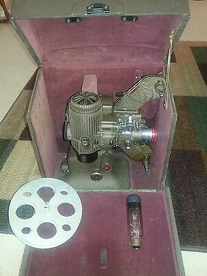 Vintage Bell & Howell Filmo Diplomat 16 MM Film Projector + case