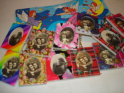 PHOTO FRAME KEYCHAINS LOT OF 12 KEYCHAINS. CARNIVAL TOY