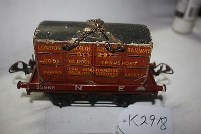 O GAUGE HORNBY N E  WAGON WITH LNER  CONTAINER [k2918