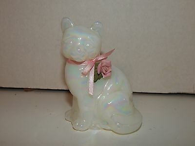 Fenton Iridescent Carnival Glass White Cat With Pink Rose On Leaf Figurine