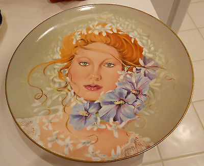 "1979 BLOSSOM QUEEN PLATE BY DOLORES VALENXA/GERMANY-VG+ CONDITION-10"" ACROSS"